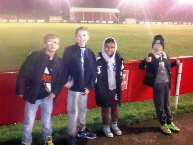 Stonnall U11s and U9s players at Walsall Wood FC.