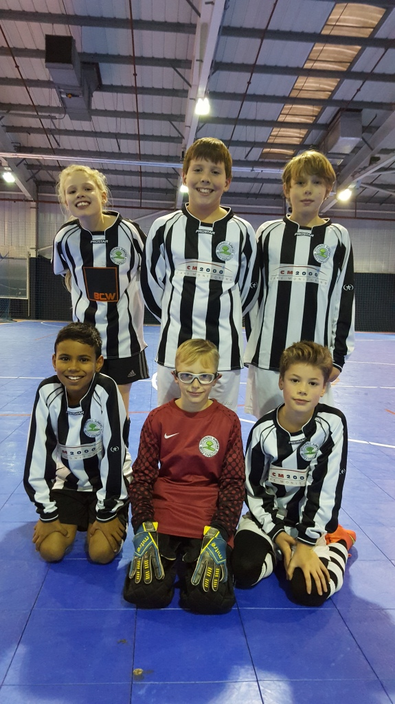 Stonnall Juniors u10-u11s futsal team - Dec 2016